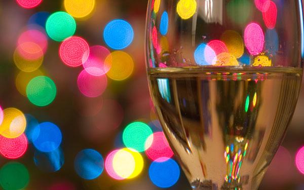 champagne-glass-confetti